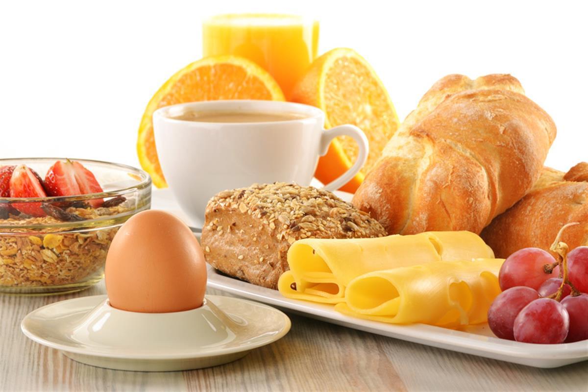 Eating healthy breakfast is very important